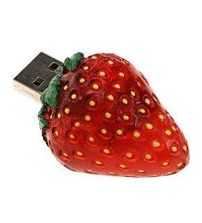 USB-nøgle lavet af jordbær