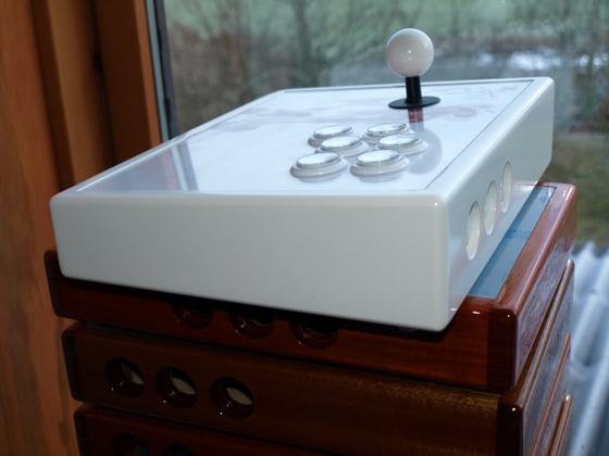 Hvid arcade stick til PS3